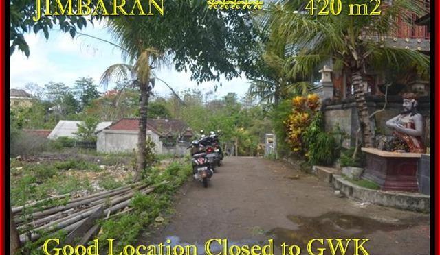 TANAH di JIMBARAN BALI DIJUAL MURAH 420 m2 Lingkungan Villa